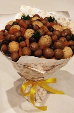 Букет из орехов и сухофруктов Ореховое натсроение