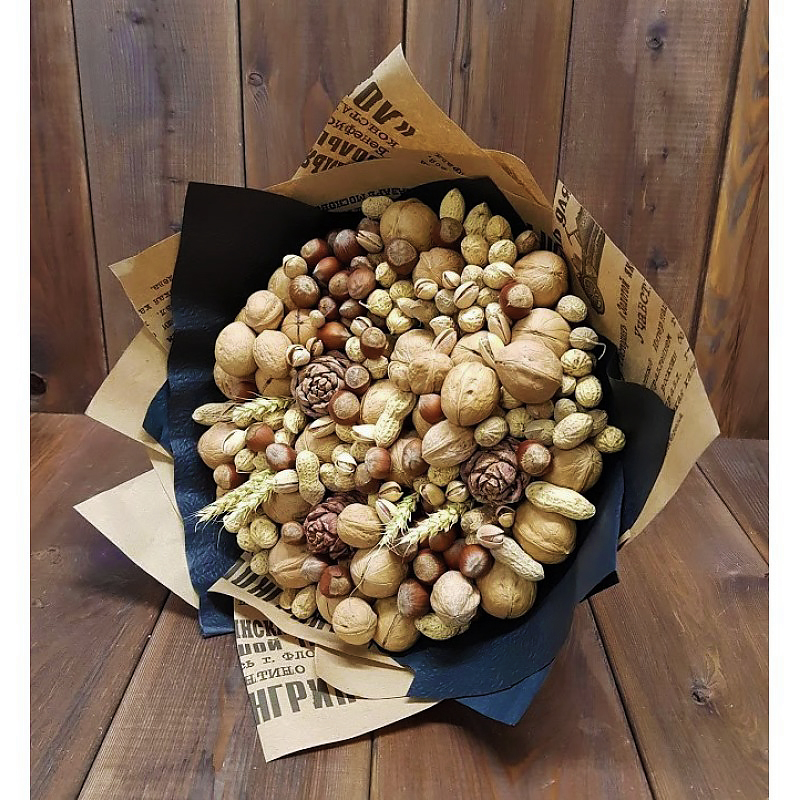 Букет на заказа из орехов