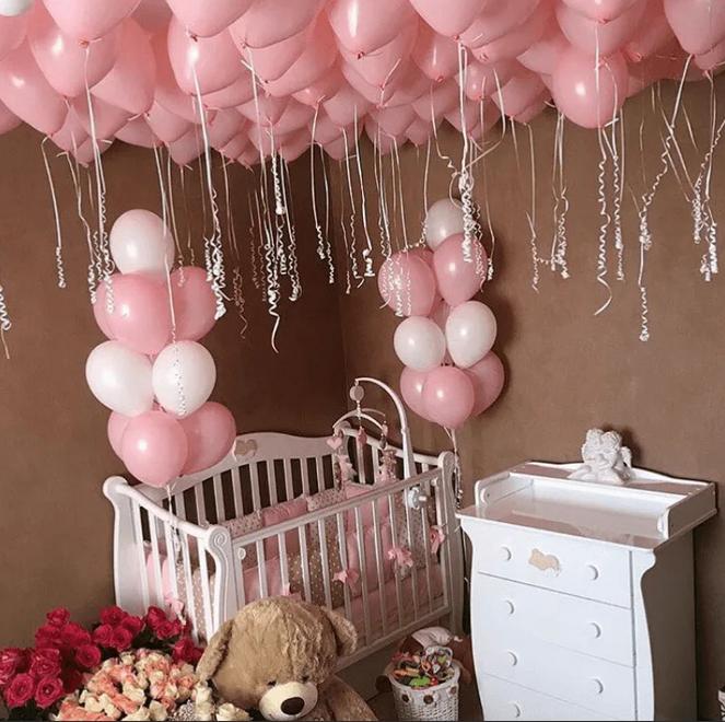 Оофрмление для новорожденной розовыми шарами пастель