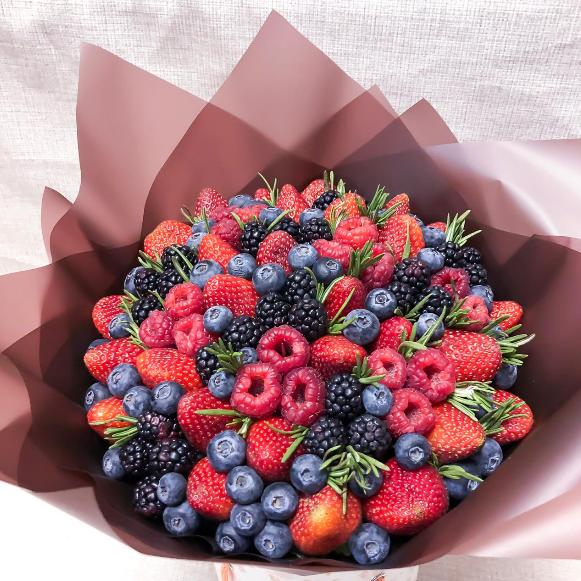 букет из лесных ягод